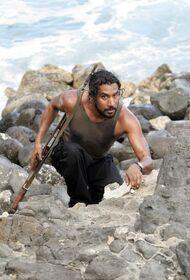 Sayid Climbing