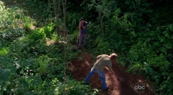 Sawyer entierra a Juliet