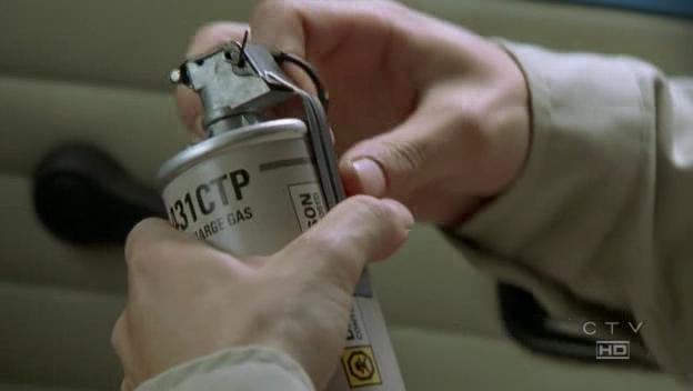 Αρχείο:Gas grenade.jpg