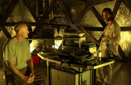 Desmond hatch Locke 2x24