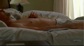 Jack in bed 4x10