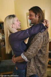 5x08 Sawyer & Juliet