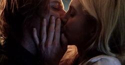 6x17-Juliet&James