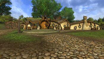 """Gospoda w grze <i><a href=""""/pl/wiki/The_Lord_of_the_Rings_Online"""" title=""""The Lord of the Rings Online"""" class=""""mw-redirect"""">The Lord of the Rings Online</a></i>."""
