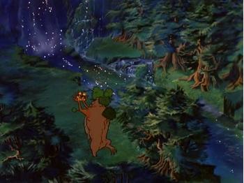 Drzewiec z Merrym i Pippinem nad Rzeką Entów - klatka z filmu z 1978 roku.
