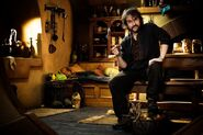 The Hobbit (film series) - Peter Jackson in Bag End 2