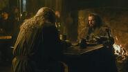 Гэндальф встречает Торина в Гарцующем Пони