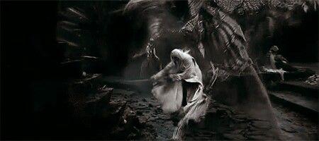File:Saruman vs Nazgul.jpg