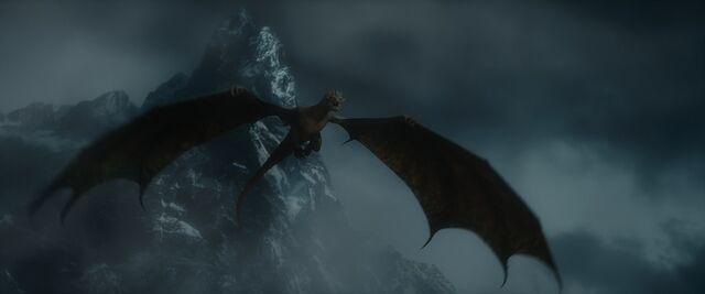 File:Smaug in flight by jd1680a-d7c3vz8.jpg