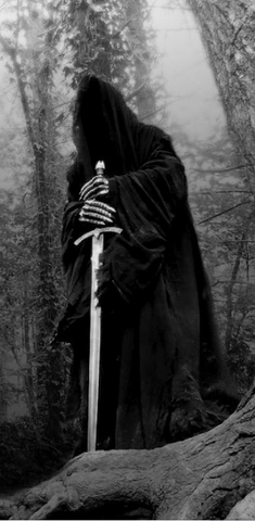 File:The Nazgul alone-greyscale-HV.png