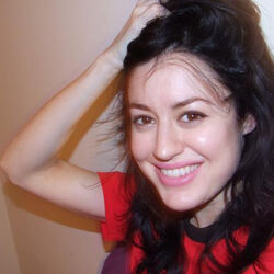 Holly Allen