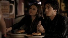 Elena & Damon S1E11 (2)