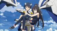 Ichika & Houki S1E5