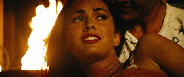 File:Transformers-revenge-movie-screencaps.com-11487.jpg