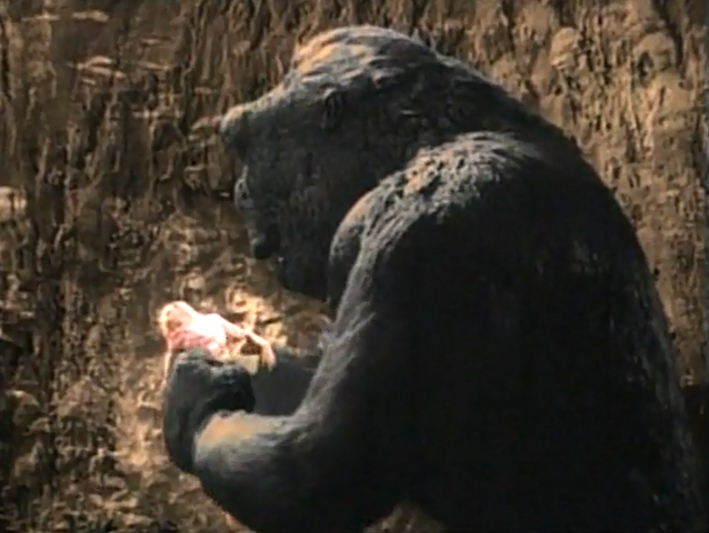 File:1933 Kong rips Ann dress.png