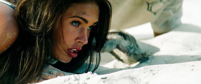 File:Transformers-revenge-movie-screencaps.com-15280.jpg