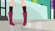 Whittany Biskit Legs Screenshot