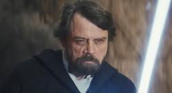 Luke analizuje