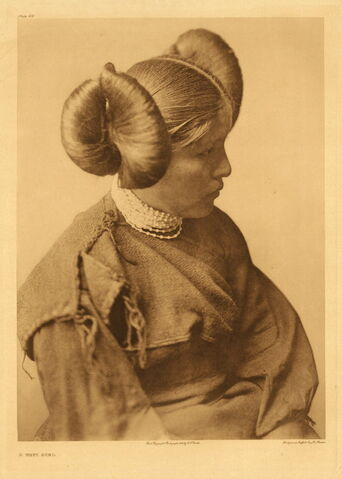 File:Edward S. Curtis Collection People 043.jpg
