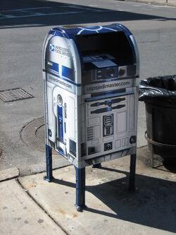 R2-D2 Mailbox Boston