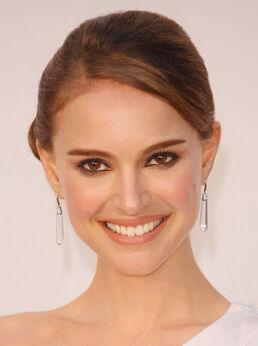 Natalie-Portman-pictures-photos-movies-hairstlye-pics (1)