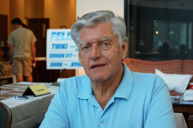 File:David Prowse.png