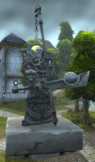 Tirion Fordring statue