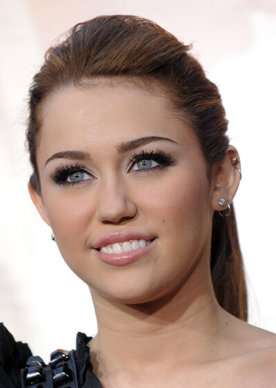 Miley Black5