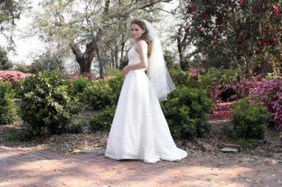 Haley-James-Scott-Le-Jour-De-Son-Mariage