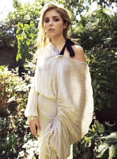 Anna Kendrick Cover Amazing2