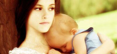 Bella Swan Baby2