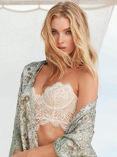 Elsa Hosk Cover Amazing7