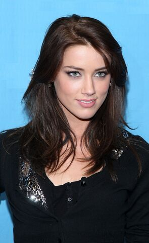 Image amber heard 3g lucerne wiki fandom powered by wikia fileamber heard 3g sciox Image collections