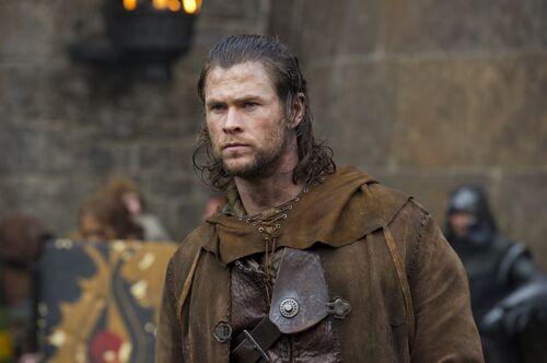 CHRIS Hemsworth Fighting