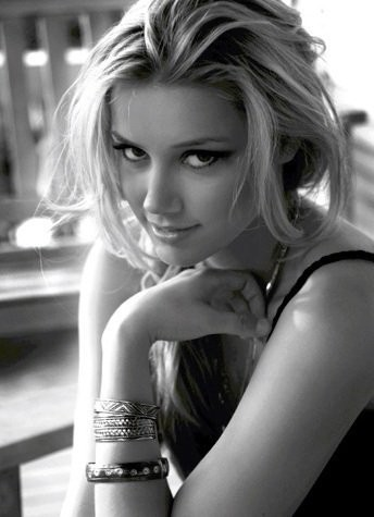 Amber Heard Black and White