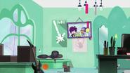 S1 E28 Fred's room