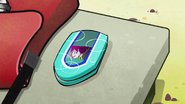 S1 E1 Mort's phone