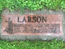 Manford & Viola Larson Grave