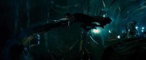 Superman arrête poing Doomsday
