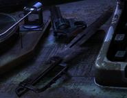 Нож и револьвер в меню Metro 2033