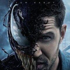 Eddie Brock przeradzający się w Venoma w filmie