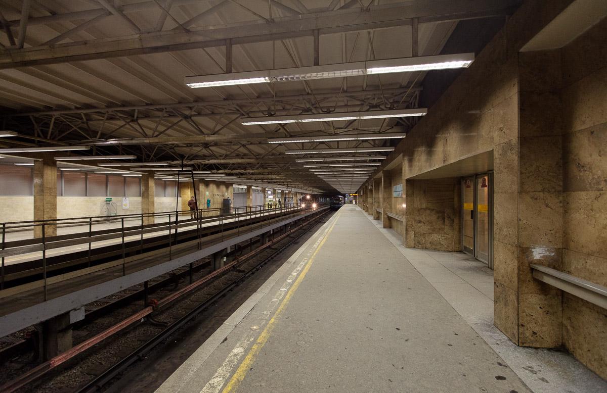 фото наземных станций метро спб шорты шорты
