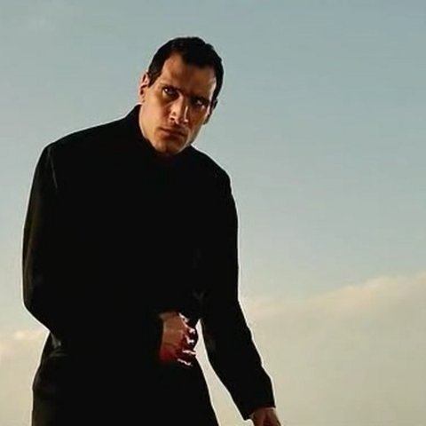 A wounded Zaror.