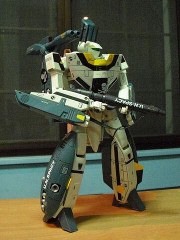 File:450px-VF-1S-Strike-Valkyrie-03.jpg