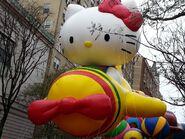 Thanksgiving-hello-kitty-parade-1024x768