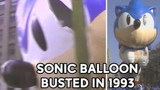 Sonic the Hedgehog balloon busted at 1993 Macy's Thanksgiving Day Parade-0