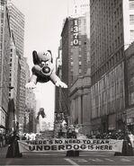 Macys-underdog-balloon-debuts-in-1965s-parade