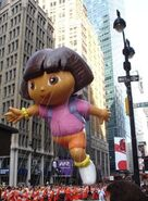 1729228-Thanksgiving-day-parade--Dora-the-Explorer-1