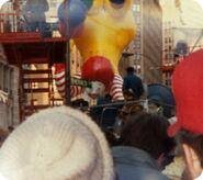 14193729534-ronald-mcdonaldthanksgiving-parade-1988