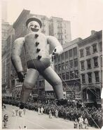 Cd0100cde69eb029eb38819b8960b7a9--macys-thanksgiving-parade-vintage-thanksgiving